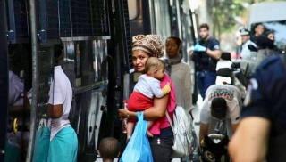 προσφυγες εξαρχεια